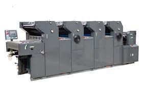 (شكل 2) يك دستگاه چاپ افست چهار رنگ (تشخيص چهار رنگ بودن دستگاه با توجه به تعداد ستون هاي رنگ به راحتي امكان پذير است)
